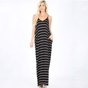 🛍 Black Striped Maxi with…